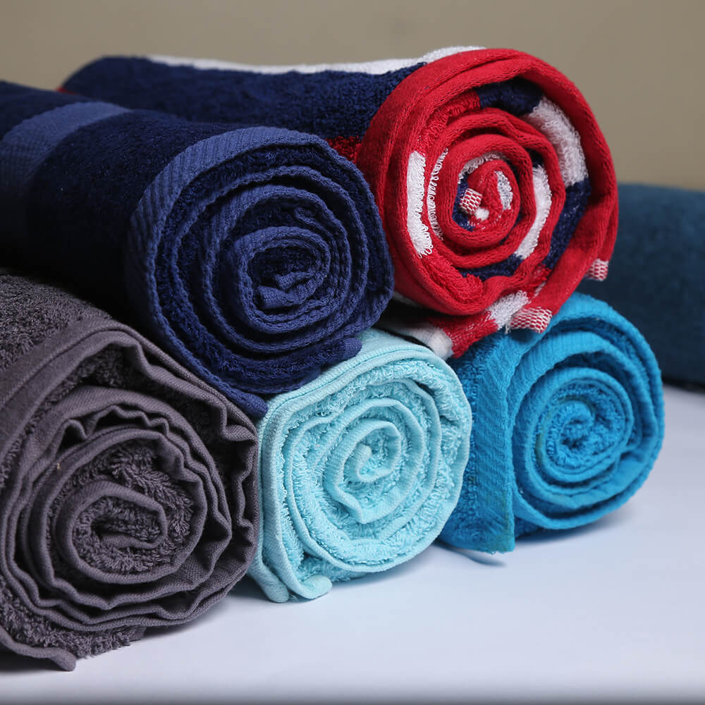 Bath Towels Vs. Beach Towels: What's The Difference?